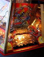 Spielautomat Münzen Fallen 673183